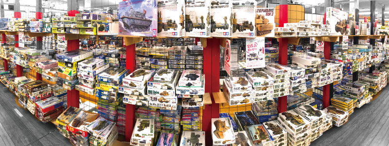 戦車プラモデル売り場