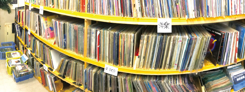 中古レコード売り場